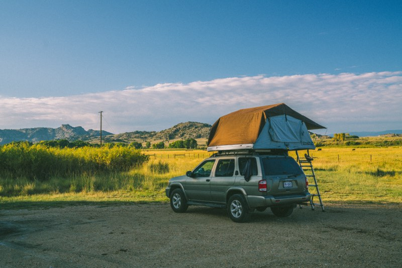 rooftop tent set up