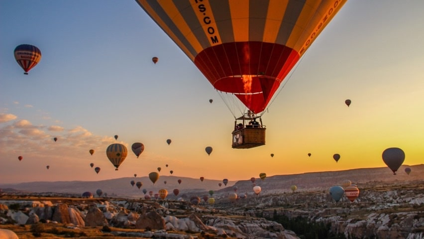 hot air ballooning in cappadocia - overlandsite