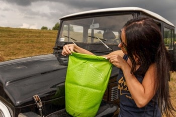 how to use a scrubba washbag